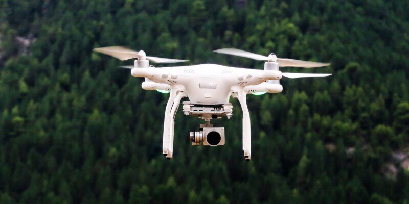 drone-1866742_1920
